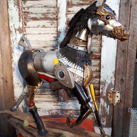 """Mustang (24""""H x 33""""L x 8""""D)"""